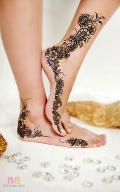 Foot Mehndi Designs To Delight