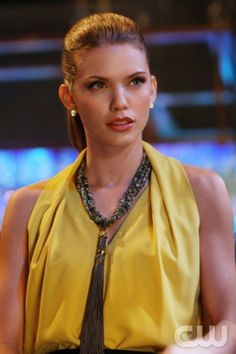 "90210 ""Strange Brew"" -- Pictured: AnnaLynne McCord as Naomi -- Photo: Scott Humbert/The CW -- © 2013 The CW Network. All Rights Reserved"