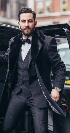 Best Mens Fall Fashion Trends for 2019 Best Mens Fall Fashion Trends for Fall Fashion Trends in which are the most talked about this season ranges from bringing ba # Old Man Fashion, Look Fashion, Curvy Fashion, Fashion Photo, Womens Fashion, Fall Fashion Trends, Winter Fashion, Fashion Bloggers, Fashion Ideas