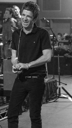 Saint Laurent Arrow Belt Beady Eye, Noel Gallagher, Britpop, Great British, How To Better Yourself, Beautiful Boys, Bellisima, Oasis