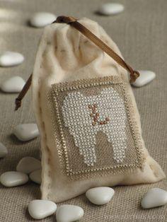 Milk tooth cross stitch pattern (with alphabet) - Botthéka©2013 http://bottheka.com/en/contact