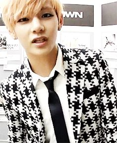 BTS   V~ Handsome ♥