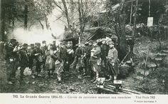 Carte Postale Postcard 1914-1918 1915 Corvée de cuisiniers montant aux tranchées Drudgery of cooks going up to the trenches | Flickr - Photo Sharing!