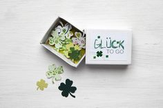 GLÜCK to go - such a nice idea Matchbox Crafts, Matchbox Art, Craft Gifts, Diy Gifts, Cumpleaños Diy, Diy And Crafts, Paper Crafts, Creation Deco, Diy Presents