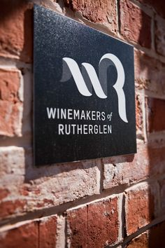 Love this Winmakers of Rutherglen logo! It's been a favourite of mine for along time. Must get out to Rutherglen one of these days