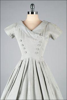 Jahrgang 1950 s Kleid. Schwarz weiß von millstreetvintage auf Etsy