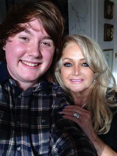 #Glen Bartlett  met #Bonnie Tyler for Eurovision In Wales. She made him a cup of tea!