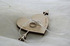 Ringplankje - Houten hart met pijl