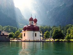 Beautiful light on lake  Königssee and St. Bartholomä church Germany ~ 3871571 bilder.laeden.me