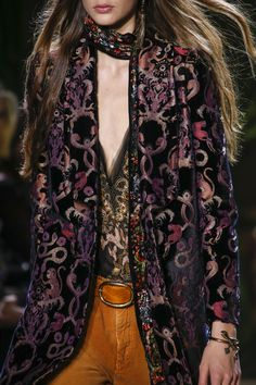 Roberto Cavalli Fall 2016 Ready-to-Wear Fashion Show Details