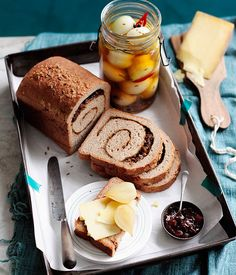 Ploughman's lunch with pickled onions and onion-rye bread - Gourmet Traveller