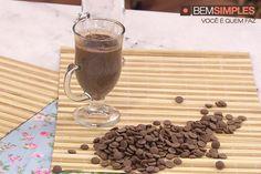 Chocolate quente ao cumaru e conhaque, por Diego Lozano. http://www.bemsimples.com/br/receitas/75567-chocolate-quente-ao-cumaru-e-conhaque
