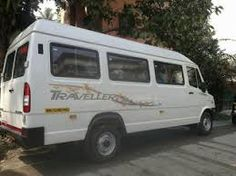 tempo traveller in udaipur