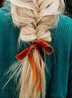 Sydne Style shows holiday hairstyle ideas with velvet ribbon braid from ashley petty hair accessories Holiday Hair Accessories For Festive Hairstyles Holiday Hairstyles, Boho Hairstyles, Pretty Hairstyles, Hairstyle Ideas, Hairstyles With Ribbon, Ribbon Hairstyle, Wedding Hairstyles, Easy Messy Hairstyles, Loose Braid Hairstyles