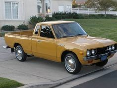 '77 Datsun 620 King Cab. And yet ANTHER clean, original rice hauler.