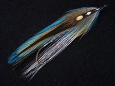 Blueback Badger size 1-10XL Variant of the Blueback Streamer  By Larry Leight