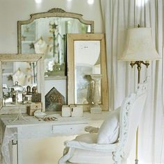 Driven By Décor: Layering Mirrors Over Mirrors