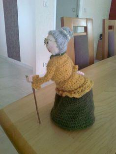 photo0071 Crochet Amigurumi, Crochet Dolls, Crochet Hats, Granny Dolls, Sewing Patterns, Crochet Patterns, Crochet Accessories, Pin Cushions, Crochet Projects