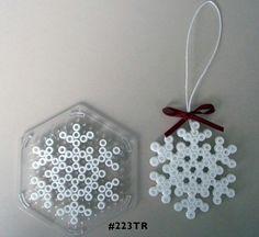 Snowflake Hama midi perler pattern - am totally going to get the M's to make… Hama Beads Design, Diy Perler Beads, Perler Bead Art, Fuse Bead Patterns, Perler Patterns, Beading Patterns, Christmas Perler Beads, Art Perle, Motifs Perler