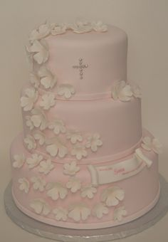 Soft and Sweet, perfect for this little Girl's Communion Cake