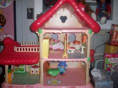 Berry Happy Home by Starshyne09, via Flickr- my sister had this, and most the furniture/dolls.