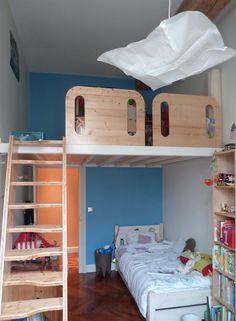 Chambre d'enfant avec mezzanine