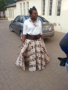 Print skirt African Traditional Wedding, Print Skirt, Lace Skirt, Skirts, Fashion, Moda, La Mode, Skirt, Fasion