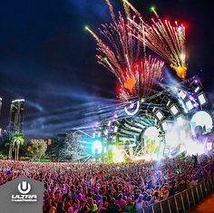 phoenix-fires:  edmvsic:  Ultra 2014!!  God damn it was a magnificent umf this year