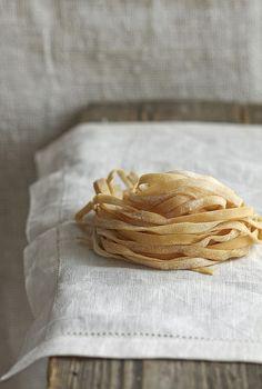 Yummy Pasta Recipes, Raw Food Recipes, Italian Recipes, Snack Recipes, Food Porn, Pot Pasta, Food Backgrounds, Cooking Ingredients, Fresh Pasta