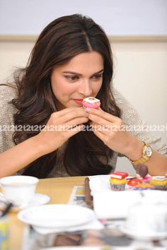 Your best stop for all updates related to the talented and stunning bollywood actress Deepika Padukone Bollywood Stars, Bollywood Fashion, Bollywood Actress, Drashti Dhami, Just Smile, Celebs, Celebrities, Deepika Padukone, Dimples