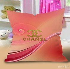 Chanel art vector logo gold Pillow Cases