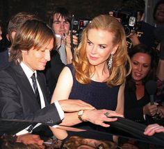 Nicole Kidman and Keith Urban seen arriving to the Omega House in Soho for the launch party of the watch brands new exclusive hangout. Ryan Reynolds Age, Blake Lively Ryan Reynolds, Nicole Kidman Family, Chrissy Tegan, Entertainer Of The Year, Renee Zellweger, African Children, Country Music Stars, Naomi Watts
