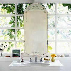 :: Bathroom Lovelies ::