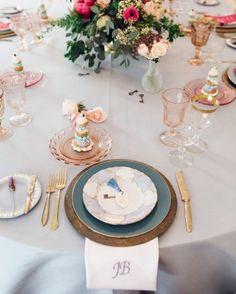 La Tavola Fine Linen Rental: Dupionique Ice Blue | Photography: Jana Williams, Location and Catering: The Peninsula Beverly Hills, Event Planning: Leslie Kaplan of Encore Event Design, Flowers: Lilla Bello