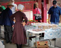Amish farmers, Columbus North Market, Ohio