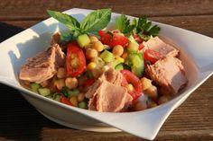 V kuchyni vždy otevřeno ...: Cizrnový salát se zeleninou a tuňákem Kung Pao Chicken, Potato Salad, Salads, Turkey, Potatoes, Beef, Ethnic Recipes, Food, Diet