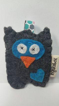 Check out this item in my Etsy shop https://www.etsy.com/listing/252926856/owl-felt-owl-owl-keychain-keychain