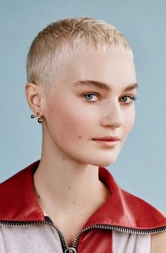 Super Short Hair, Short Hair Cuts, Short Hair Styles, Pixie Hairstyles, Pixie Haircut, Haircuts, Buzzed Hair, Lily Cole, Hair Blog