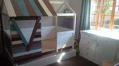 kids-bunk-bed-with-pallets