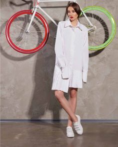 Diversifica-ti garderoba alaturi de camasa asimetrica dama ARIA, by Tiar Studio. Cu o croiala asimetrica si infrumusetata cu pliuri, aceasta camasa poate fi purtata in cele mai interesante combinatii. Mai, Jackets, Fashion, Down Jackets, Moda, Fashion Styles, Fasion, Fashion Illustrations, Jacket