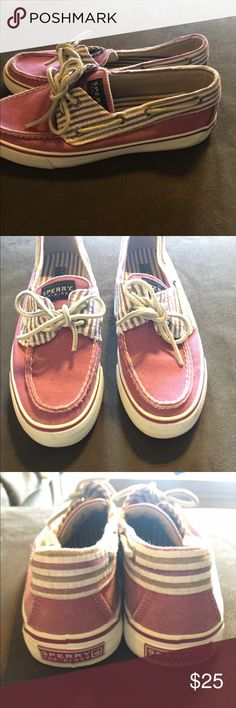 Sperry Top-Sider Gently worn Sperry Topsider. Hard to say an exact color. Light maroon – pink Sperry Top-Sider Shoes Flats & Loafers