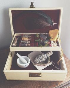 Magickal Ritual Sacred Tools:  Hedge #Witch #Box, by MoveWithTheMoon.
