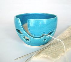 Turquoise Traveling Yarn Bowl - BlueRoomPottery... plus (+)