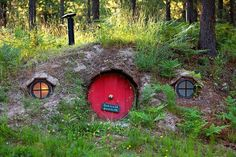 hobbit hole for Frodo Bilbo Baggins and friends