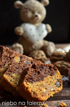 niebo na talerzu: Ciasto marchewkowe z czekoladą. Marchewkowy placek cynamonowy z bakaliami