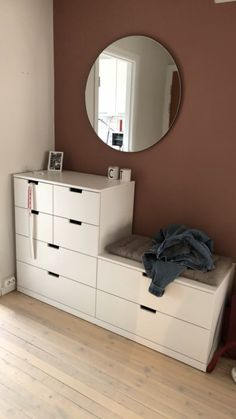52 Amazing Bedroom Vanity Ideas To Try Out Home Decor Bedroom, Entryway Decor, Ikea Shelf Unit, Nordli Ikea, Ikea White Shelves, Diy Deco Rangement, Modern Office Decor, New Room, House Rooms