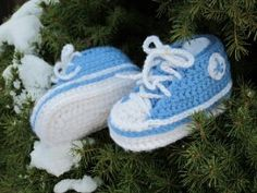 10 FREE Baby Booties Patterns For Boys - The Lavender Chair