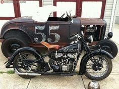 Hot Rod and bobber - so cool Vintage Bikes, Vintage Motorcycles, Cars And Motorcycles, Vintage Cars, Indian Motorcycles, Vintage Auto, Vintage Iron, Rat Rods, Scooters