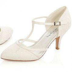 f7c790bf6ab 26 best Wedding shoes images | Bride shoes flats, Bridal shoe ...