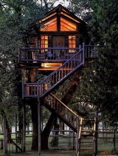 Peacock Perch Tree House. A very romantic getaway !!!